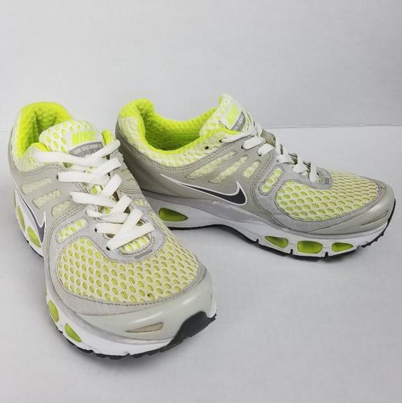 Nike Women s Air Max Tailwind 2 Sneakers a096dda0e
